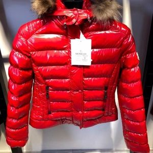 MONCLER CASUAL PUFFER JACKET WOMEN NWT FEATHER